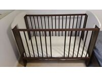 Toddler Cot Baby Bed Giraffe Mattress Bedding included £35.00