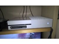 Special edition xbox one white. boxed with official surround sound system and games.