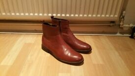 KURT GEIGER Mens Boots. Size : 44
