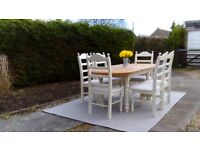 Large, Extending Pine Top Table & 6 Chairs. Shabby Chic, Pale cream. Delivery Available.
