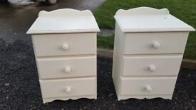 Two matching bedside lockers