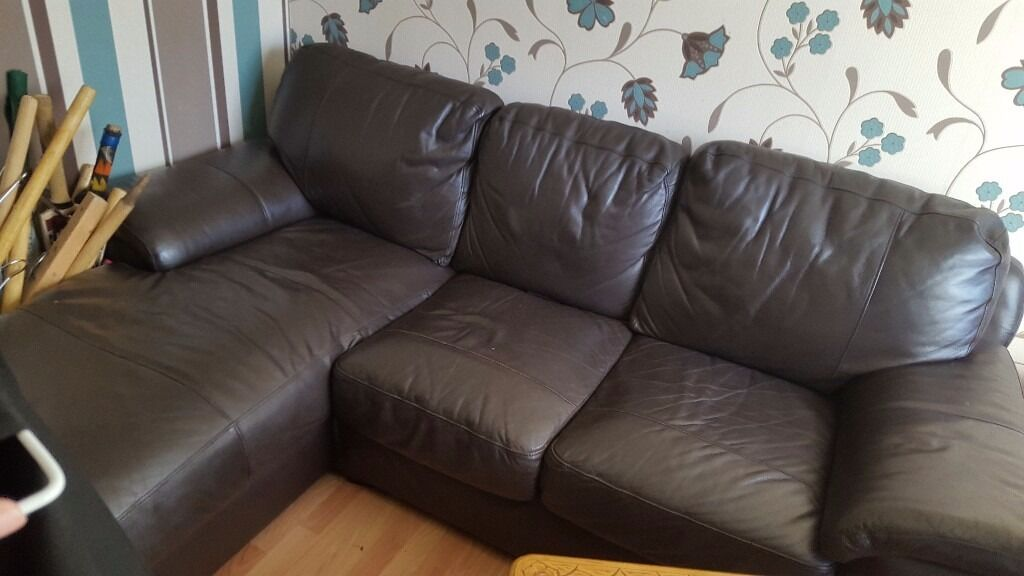 Brown sofa good conditionin West End, GlasgowGumtree - Hi there just looking to sell this sofa if interested please give me a call 07505919594 Negotiations available