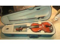 Violin 1/4 Antoni with bow and case