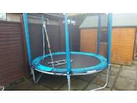 Trampoline 8ft 1year old with padding and safety net
