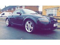 Black Audi TT