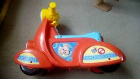 Fisher price laugh and learn stages scooter
