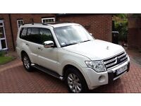 MITSUBISHI SHOGUN PAJERO,LHD,FULLY AUTOMATIC,FULLY LOADED,RARE 3.8 V6 MODEL,PETROL,7SEATS,LOW MILES