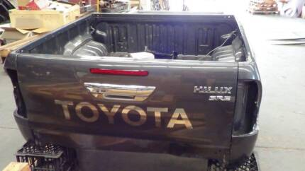 Toyota Hilux SR5 Dual Cab 2017 Tub