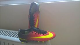 Football boots size uk 7. Nike Mercural.