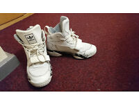 USED Adidas Originals FYW Reign HiTop Basketball Boots/trainers