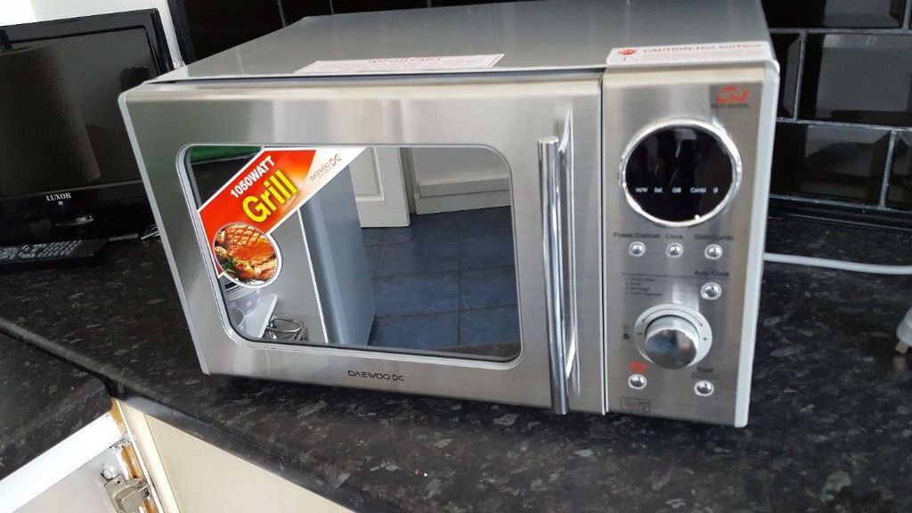 New Daewoo Microwave Oven and Grill 800w Stainless Steel KOG3000SL