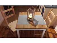 wooden dining table and 4 chairs looking brand new!!!