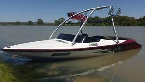 *****2011 XFI Genesis   Ski/Wakeboard Boat Gawler Belt Gawler Area Preview