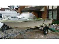 Classic 1972 Broom Speedboat and trailer