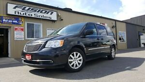 2015 Chrysler Town & Country DUAL DVD-BACK UP CAMERA-DUAL AIR/HE Windsor Region Ontario image 1
