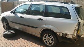 ford focus estate low miles buy for spare or repair
