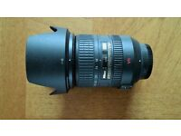 Nikon af-s 18-200mm zoom lens very good condition .