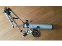 Reflector Telescope F70076