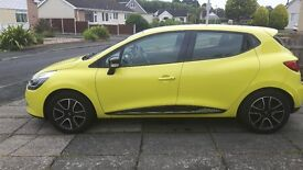Yellow Renault Clio excellent condition. 1 year Renault assist gaurantee remaining