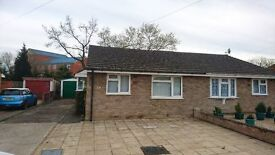 2/3 bed bungalow house in quiet cul-de-sac in Farnborough Close to M3/Southwwod