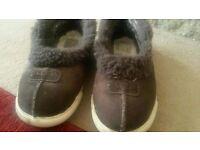 RRP £70 ladies ugg slippers brown size 6