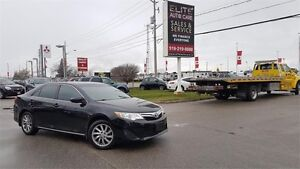 2012 Toyota Camry w/Navegation