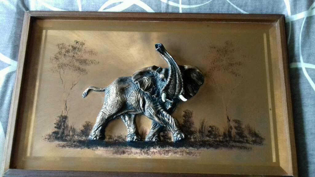 3D Copper elephant picture retro