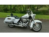 Harley Davidson FLHRS Road King