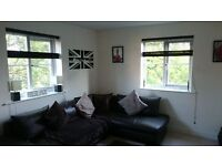 Spacious 1 Bedroom Apartment in Loughton with parking - All bills included