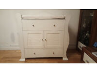 White Sleigh Hush Hush Baby Changing Unit and Shelf *REDUCED!!!
