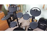 Yamaha DTX400K electronic drum kit for sale, with amp