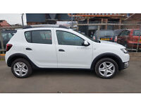 DACIA SANDERO STEPWAY 0.9 PETROL 2015 HATCHBACK 14,000 MILES WHITE MANUAL