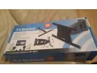 Optimum TV brackets ideal for 15-40 inch TV