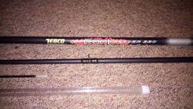 4x Carp Rods, Reel, Bag, Nets etc