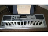 Roland E200 Eletronic Keyboard