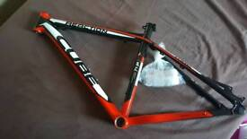 New Cube reaction HPA mtb frame