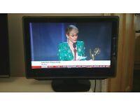 Toshiba LCD TV/ DVD Combination 19DV665DB - £60