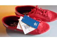 Adidas Stan Smith sleek series red spotted size 5 1/2 new unworn no box
