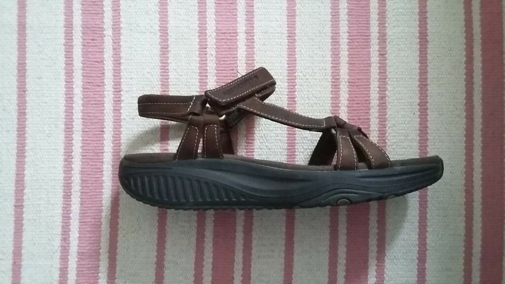 skechers shape ups sandals uk