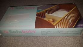 Baby cot cotbed divider by safababy