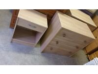 Chest of drawers and bedside cabinet. Delivery.