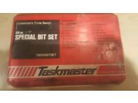 Taskmaster 100 pc special bit tool set new in box