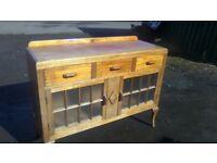 Wow beautiful vintage oak sideboard/sculery unit