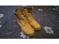 Timberland boots size 7.5 UK