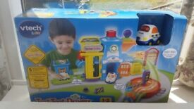 VTECH Toot Toot Policestation **NEW**