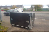 Large storage container on industrial castors, For tools large equipement etc