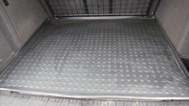 BMW X3 rubber boot liner/mat
