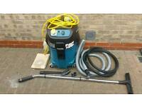 Makita Class M dust extractor