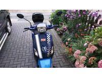Sinnis Strada 125cc scooter retro style, vespa style, 2013 reg