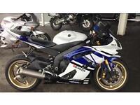 2013 Yamaha yzfr6 10800 miles extras very clean bike £5399